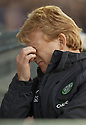 06/11/2005         Copyright Pic : James Stewart.File Name : sct_jspa13 falkirk v celtic.CELTIC MANAGER GORDON STRACHAN DURING THE GAME AGAINST FALKIRK.....Payments to :.James Stewart Photo Agency 19 Carronlea Drive, Falkirk. FK2 8DN      Vat Reg No. 607 6932 25.Office     : +44 (0)1324 570906     .Mobile   : +44 (0)7721 416997.Fax         : +44 (0)1324 570906.E-mail  :  jim@jspa.co.uk.If you require further information then contact Jim Stewart on any of the numbers above.........