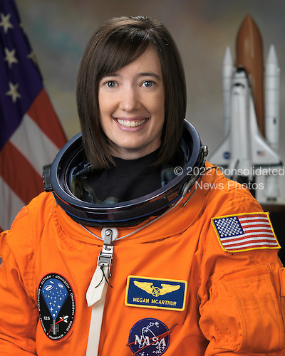 Houston, TX - (FILE) --  Official portrait of Astronaut K. Megan McArthur, mission specialist, STS-125, taken on December 13, 2007.  McArthur  is scheduled to launch Monday, May 11, 2009 at 2:01 p.m. EDT aboard the Space Shuttle Atlantis for a mission to service the Hubble Space Telescope..Credit: NASA via CNP