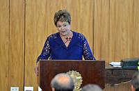 BRASÍLIA, DF, 12.12.2013 – VISITA DE ESTADO DO PRESIDENTE FRANCÊS FRANÇOIS HOLLANDE – ASSINATURA DE CONTRATO DE COOPERAÇÃO - A presidente Dilma Rousseff durante cerimônia de assinatura de contrato de cooperação entre Brasil e França, nesta quinta-feira, 12, no Palácio do Planalto em Brasília. (Foto: Ricardo Botelho / Brazil Photo Press).