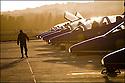 -2008- Salon-de-Provence- Petit matin sur la base a&eacute;rienne 701.<br /> Arriv&eacute;e des techniciens.