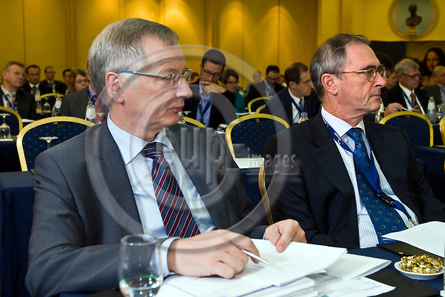 BRUSSELS - BELGIUM - 24 September 2014 -- 7th Confederation of European Waste-to-Energy Plants (CEWEP) Waste-to-Energy Congress 2014 - Local Energy from Local Waste - Affordable, Secure & Sustainable. -- Jan Manders (right). -- PHOTO: Juha ROININEN / EUP-IMAGES