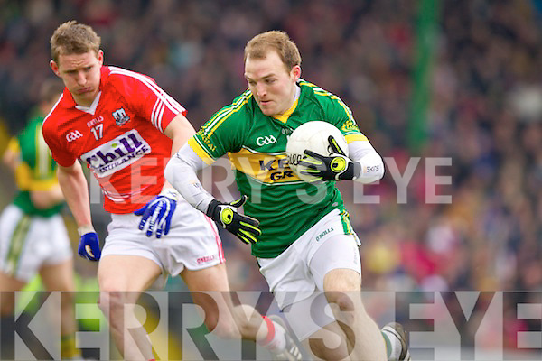 Darran O'Sullivan Kerry in action against John McLoughlin Cork in the National Football League at Austin Stack park, Tralee on Sunday.