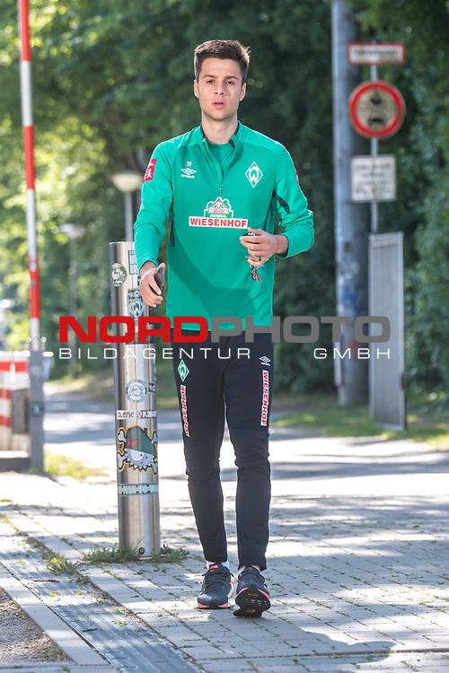 21.05.2020, wohninvest Weserstadion Trainingsplatz, Bremen, GER, Werder Bremen, Training, <br /> <br /> im Bild<br /> Ilia Gruev (Werder Bremen #28)<br /> <br /> Foto © nordphoto / Paetzel