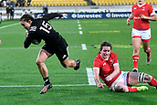 9th June 2017, Westpac Stadium, Wellington, New Zealand; International Womens Rugby; New Zealand versus Canada;  New Zealands Selica Winiata  (L) runs in a try with Canada's Jacey Grusnick