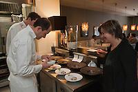 Europe/France/Bretagne/56/Morbihan/Lorient: Restaurant: Henri & Joseph, Philippe et Fabienne Le Lay [Non destiné à un usage publicitaire - Not intended for an advertising use]