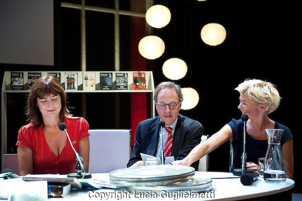 Utrecht , october 2, 2012.NFF Utrecht, .Talkshow .Jury Gouden Kalf Competitie 2012. Sara Hohner, Alexander Rinnooy, Isolde Hallensleben...Photo: Lucia Guglielmetti