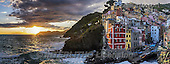 Tom Mackie, LANDSCAPES, LANDSCHAFTEN, PAISAJES, panoramic, photos,+Cinque Terre, EU, Europa, Europe, European, Italia, Italian, Italy, Liguria, Mediterranean, Riomaggiore, Tom Mackie, atmosphe+re, atmospheric, blue, cliff, cliffs, cliffside, cloud, clouds, cloudscape, coast, coastal,coastline, coastlines, destination+destinations, dramatic outdoors, harbor, harbour, holiday destination, horizontally, horizontals, sea, sunrise, sunset, time+of day, tourism, tourist attraction, town, travel, village, weather, yellow,Cinque Terre, EU, Europa, Europe, European, Ita+,GBTM160360-1,#L#