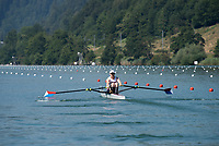 """Lucerne, SWITZERLAND, 13th July 2018, Friday, """"USA LM1X"""", """"Alex  TWIST"""",  """"Little Wobble through the stroke"""", FISA World Cup series, No.3, Lake Rotsee, © Peter SPURRIER,"""