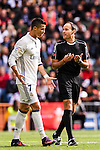 Cristiano Ronaldo of Real Madrid argues with referee  Alberto Mateu Lahoz during their La Liga match between Real Madrid and Deportivo Leganes at the Estadio Santiago Bernabéu on 06 November 2016 in Madrid, Spain. Photo by Diego Gonzalez Souto / Power Sport Images