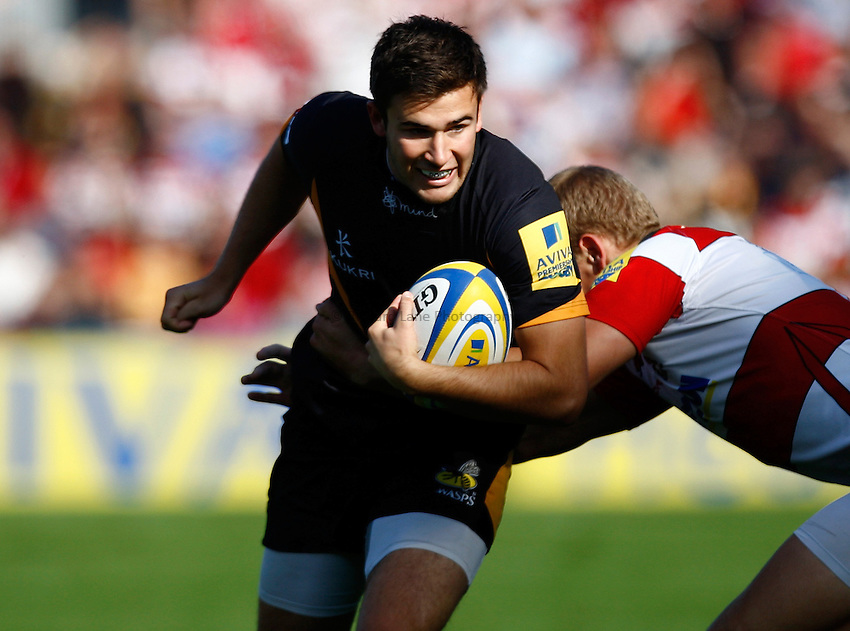 Photo: Richard Lane/Richard Lane Photography. Gloucester Rugby v London Wasps. Aviva Premiership. 22/09/2012. Wasps' Tommy Bell attacks.