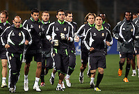 Calcio, Champions League: i giocatori del Real Madrid si allenano allo stadio Olimpico di Roma, 18 febbraio 2008, alla vigilia della partita di andata degli ottavi di finale contro la Roma..Football, Champions League: Real Madrid's players attend a practice session at Rome's Olympic stadium, 18 february 2008, on the eve of the second round first league match against Roma..UPDATE IMAGES PRESS/Riccardo De Luca