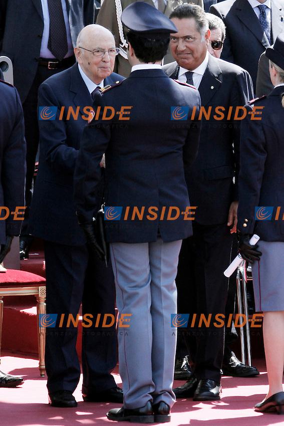 Il Presidente della Repubblica Giorgio Napolitano e il Capo della Polizia Antonio Manganelli.Roma 25/05/2012 160esimo Anniversario della Fondazione della Polizia di Stato a Piazza del Popolo.Foto Serena Cremaschi Insidefoto
