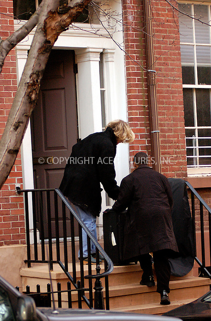 WWW.ACEPIXS.COM . . . . .  ....NEW YORK, JANUARY 10, 2004....Blythe Danner seen leaving daughter Gwyneth Paltrow's West Village home with several bags.....Please byline: Ian Wingfield - ACE PICTURES..... *** ***..Ace Pictures, Inc:  ..Alecsey Boldeskul (646) 267-6913 ..Philip Vaughan (646) 769-0430..e-mail: info@acepixs.com..web: http://www.acepixs.com