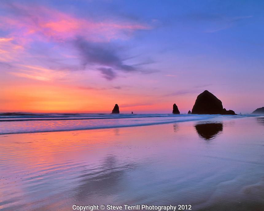 Haystack Rock at Cannon Beach in Clatsop County, Oregon