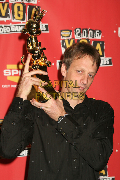 TONY HAWK.Spike TV's 2006 Video Game Awards at the Galen Center - Press Room, Los Angeles, California, USA..December 8th, 2006.half length black shirt award trophy.CAP/ADM/BP.©Byron Purvis/AdMedia/Capital Pictures
