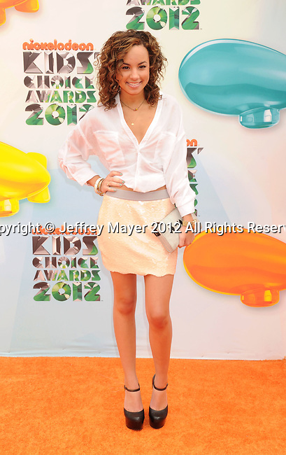 LOS ANGELES, CA - MARCH 31: Savannah Jayde arrives at the 2012 Nickelodeon Kids' Choice Awards at Galen Center on March 31, 2012 in Los Angeles, California.
