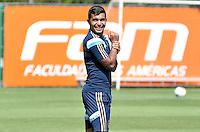 SÃO PAULO.SP. 02.04.2015 - PALMEIRAS TREINO - Dudu atacante do Palmeiras durante o treino na Academia de Futebol zona oeste na nesta quinta feira 02.  ( Foto: Bruno Ulivieri / Brazil Photo Press )