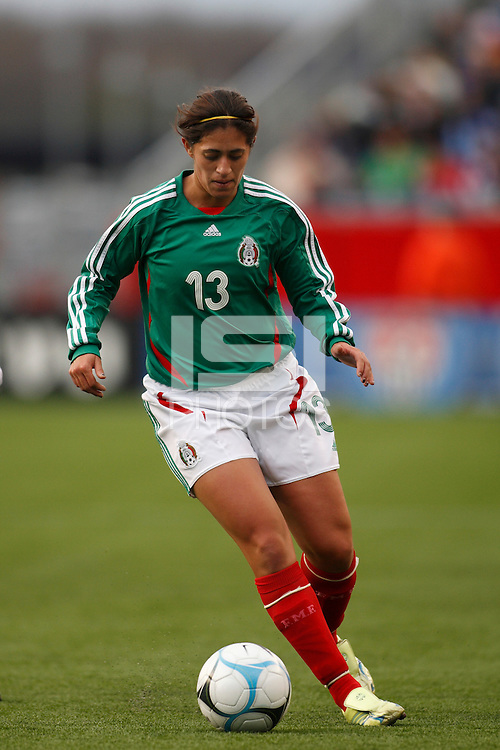 Mexico defender (13) Lulu Gordillo. The USA Women's National Team defeated Mexico 5-0 in an international friendly at Gillette Stadium, Foxbourgh, MA, on April 14, 2007.