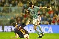 Celta de Vigo's Jozabed Sanchez (r) and FC Barcelona's Sergio Busquets during Spanish Kings Cup match. January 4,2018. (ALTERPHOTOS/Acero)