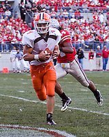 Bowling Green wide receiver Corey Partridge (1) makes a 12-yard touchdown reception.  The Ohio State Buckeyes defeated the Bowling Green Falcons 35-7 on October 7, 2006 at Ohio Stadium, Columbus, Ohio.