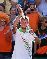 23-05-11, Tennis, France, Paris, Roland Garros, Thomas Schoorel is dolgelukkig met zijn eerste Grandslam optreden hij verslaat Gonzalez in straight sets