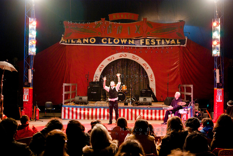 Milano Clown Festival, Festival Internazionale sul Nuovo Clown e Teatro di Strada --- Milano Clown Festival, International Clown and Street Theatre Festival