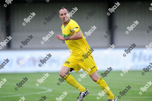 2012-07-17 / Voetbal / seizoen 2012-2013 / Sint Lenaarts / Stefan Marien..Foto: Mpics.be