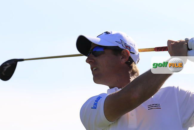 Nicolas Colsaerts (BEL) tees off the 14th tee during Thursday's Round 1 of the 2016 Portugal Masters held at the Oceanico Victoria Golf Course, Vilamoura, Algarve, Portugal. 19th October 2016.<br /> Picture: Eoin Clarke | Golffile<br /> <br /> <br /> All photos usage must carry mandatory copyright credit (&copy; Golffile | Eoin Clarke)
