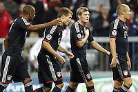 MUNIQUE, ALEMANHA, 19 SETEMBRO 2012 - LIGA DOS CAMPEOES - BAYERN DE MUNICH X VALENCIA - (E/D) Toni Kroos, Holger Badstuber, Jerome Boateng e Arjen Robben jogadores do Bayern de Munich durante lance de partida contra o Valencia em jogo pela primeira rodada do Grupo F da Liga dos Campeoes no Allianz Arena em Munique na Alemanha, nesta quarta-feira, 19. (FOTO: PIXATHLON / BRAZIL PHOTO PRESS).