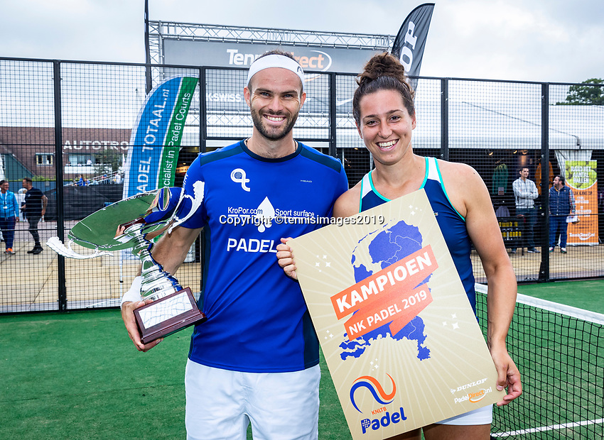 Rosmalen, Netherlands, 15 June, 2019, Tennis, Libema Open, NK Padel, Final Mixed: Rosalie van der Hoek and Uriël Maarsen (NED) winners<br /> Photo: Henk Koster/tennisimages.com