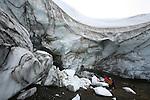 Glacier de Torfajokull (glacier).  Nombreux geysers et sulfatares. .