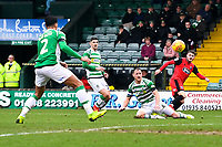 Elliot Embleton of Grimsby Town right puts a cross in for the first goal during Yeovil Town vs Grimsby Town, Sky Bet EFL League 2 Football at Huish Park on 9th February 2019