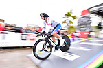 Hayley Simmonds of Great Britain powers off the start ramp during the Women's Elite Individual Time Trial of the UCI World Championships 2019 running 30.3km from Ripon to Harrogate, England. 24th September 2019.<br /> Picture: Allan McKenzie/SWPix.com | Cyclefile<br /> <br /> All photos usage must carry mandatory copyright credit (© Cyclefile | Allan McKenzie/SWPix.com)