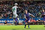12.10.2018, Stadion an der Bremen Bruecke, Osnabrueck, GER, FSP, 1.FBL, VfL Osnabrueck vs Werder Bremen<br /> <br /> DFL REGULATIONS PROHIBIT ANY USE OF PHOTOGRAPHS AS IMAGE SEQUENCES AND/OR QUASI-VIDEO.<br /> <br /> im Bild / picture shows<br /> Jonah Osabutey (Werder Bremen #54) mit Kopfball zum 1:2, Tim Möller / Moeller (VfL Osnabrueck #28), <br /> <br /> Foto © nordphoto / Ewert