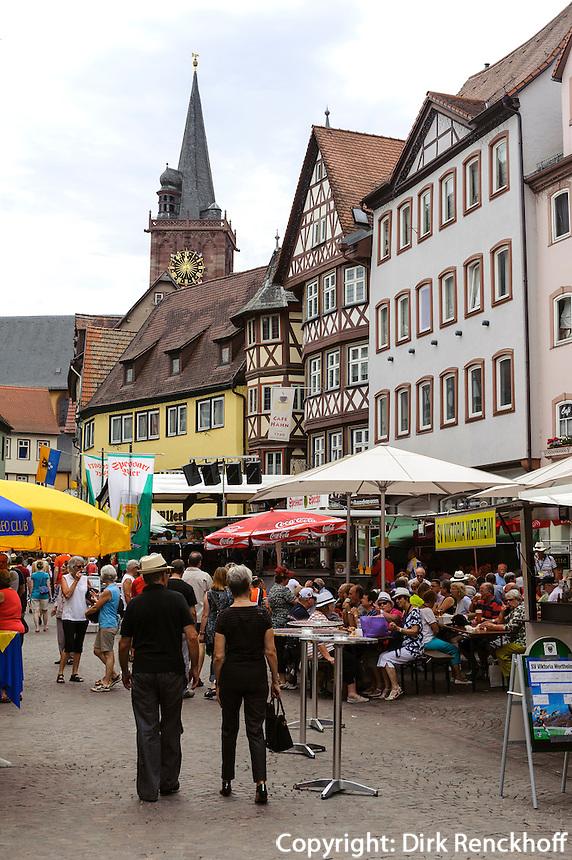 Altstadtfest auf dem Marktplatz, Wertheim, Baden-Württemberg, Deutschland