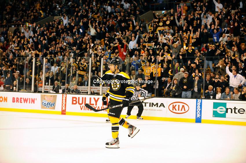 Boston Bruins versus Ottawa Senators. Game played at TD Garden, Boston, Massachusetts. November 1, 2011. Final Boston 5 Ottawa 3..Editorial Use ONLY. Mandatory Credit Eric Canha.