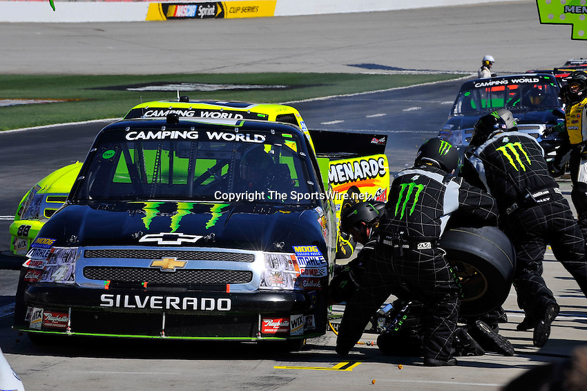 Mar 07, 2009; 2:39:47 PM; Hampton, GA, USA; NASCAR Camping World Truck Series race for the American Commercial Lines 200 at the Atlanta Motor Speedway.  Mandatory Credit: (thesportswire.net)