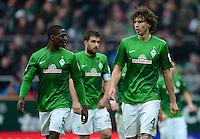 FUSSBALL   1. BUNDESLIGA   SAISON 2012/2013    26. SPIELTAG SV Werder Bremen - Greuther Fuerth                        16.03.2013 Assani Lukimya, Sokratis Papastathopoulos und Mateo Pavlovic (v.l., alle Werder Bremen) sind enttaeuscht