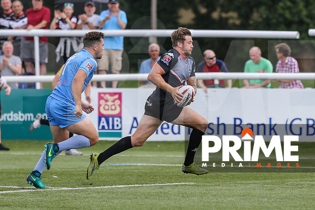 Ben Hellewell of London Broncos breaks free to score his 3rd try of the game during the Kingstone Press Championship match between London Broncos and Sheffield Eagles at Castle Bar , West Ealing , England  on 9 July 2017. Photo by David Horn.
