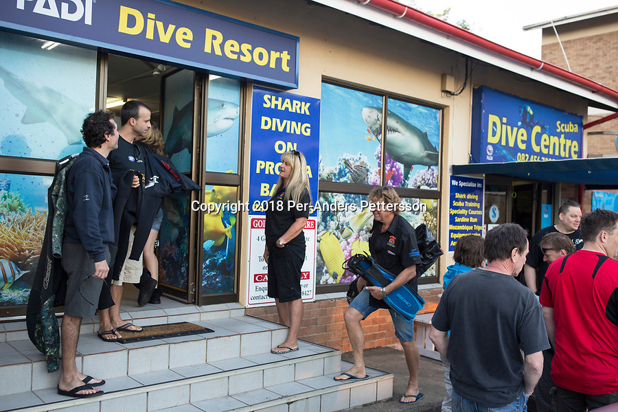 MARGATE, SOUTH AFRICA APRIL 25: Divers prepare to go out on a shark dive trip with an African Adventure diving boat goes for an early morning dive at Protea Banks on April 25, 2018 in KwaZulu Natal, South Africa. The area is one of the best in South Africa for shark encounters. (Photo by: Per-Anders Pettersson/Getty Images)