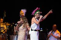 SÃO PAULO - SP. 15.02.2017 - SHOW-SP. Fernanda Abreu e Elba Ramalho durante Show de Verão da Mangueira, nesta quarta-feira, 15, no Tom Brasil, zona sul de São Paulo. (Foto: Ciça Neder / Brazil Photo Press)