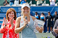 April 11, 2010:  MPS Group Championships.  Caroline Wozniacki (DEN) speaks to the crowd after winning the finals singles action at the MPS Group Championships played at the Sawgrass Country Club in Ponte Vedra, Florida.  Caroline Wozniacki (DEN) defeated Olga Govortsova (BLR) 6-2, 7-5 to win the tournament for the second consecutive year..
