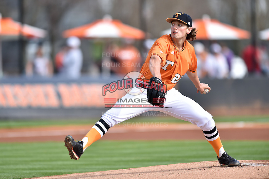 Tennessee Volunteers starting pitcher Drake Owenby (28) delivers a pitch during a game against the Georgia Bulldogs at Lindsey Nelson Stadium March 21, 2015 in Knoxville, Tennessee. The Bulldogs defeated the Volunteers 12-7. (Tony Farlow/Four Seam Images)