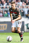 12.05.2019,  GER; 2. FBL, FC St. Pauli vs Vfl Bochum ,DFL REGULATIONS PROHIBIT ANY USE OF PHOTOGRAPHS AS IMAGE SEQUENCES AND/OR QUASI-VIDEO, im Bild  Einzelaktion Hochformat Finn Ole Becker (Pauli  #37) Foto © nordphoto / Witke