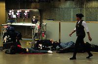 GUARULHOS, SP, 04 FEVEREIRO 2013 - MOVIMENTACAO PASSAGEIROS AEROPORTO - Movimentação na manhã desta segunda-feira(04) no aeroporto Internacional Andre Franco Montoro (Cumbica) em Guarulhos. FOTO: AMAURI NEHN / BRAZIL PHOTO PRESS).