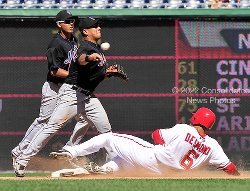 New York Mets second baseman Luis Hernandez (3) attempts to turn a double play on a Ryan Zimmerman ground ball in the eighth inning against the Washington Nationals at Nationals Park in Washington, D.C. on Wednesday, September 8, 2010.  The Mets won the game 3 - 2..Credit: Ron Sachs / CNP.(RESTRICTION: NO New York or New Jersey Newspapers or newspapers within a 75 mile radius of New York City)