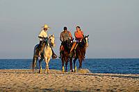 Calvalgada na praia em Los Cabos. México. 2008. Foto de Cris Berger.
