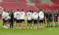 Mannschaftbesprechung in der OPEL Arena - 10.06.2019: Abschlusstraining der Deutschen Nationalmannschaft vor dem EM-Qualifikationsspiel gegen Estland, Opel Arena Mainz