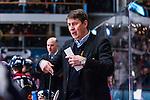 Stockholm 2014-02-24 Ishockey Hockeyallsvenskan Djurg&aring;rdens IF - S&ouml;dert&auml;lje SK :  <br /> Djurg&aring;rdens tr&auml;nare Hans S&auml;rkij&auml;rvi gestikulerar <br /> (Foto: Kenta J&ouml;nsson) Nyckelord:  portr&auml;tt portrait