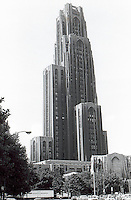 "Pittsburgh: U. of Pittsburgh, ""Cathedral of Learning"". Charles Klauder, 1925-29. 40 stories. Originally projected to have 57!"